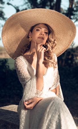 sombreros y pamelas novias